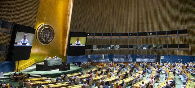 Con menos delegados y guardando la distancia, se inauguró formalmente el martes 15 la 75 Asamblea General de las Naciones Unidas, cuya sesión de alto nivel se va a desarrollar casi en su totalidad por videoconferencia. Foto: Eskinder Debebe/ONU