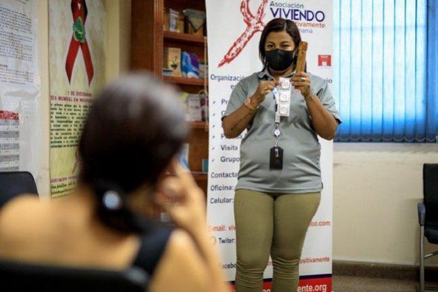 A través de las redes sociales se realiza la prevención contra el VIH/ SIDA en el contexto de confinamiento.