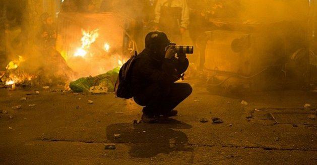 """Los asesinatos de periodistas, las amenazas, la violencia y el acoso han categorizado a esta profesión como """"peligrosa""""."""