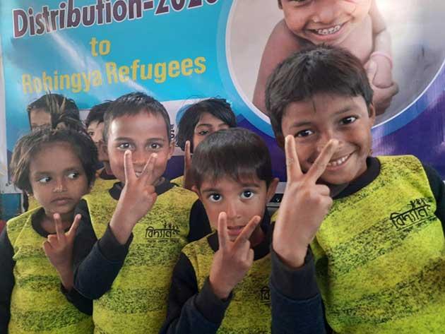 Niños en una de las aulas donde estudian mientras sus madres trabajan. Foto: Fundación Bidyanondo