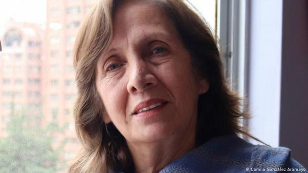 Helen Álvarez, periodista de la boliviana Radio Deseo
