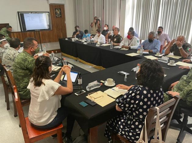 Una reunión de coordinación de Protección Civil de México para tomar medidas ante la posible llegada de la caravana originada en Honduras. Foto: Cortesía de Protección Civil México