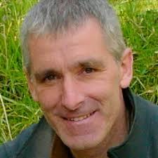 El autor, Arturo Elosegi